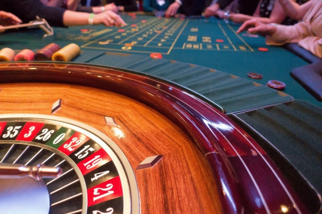 Master The Artwork Of Gambling With These three Ideas
